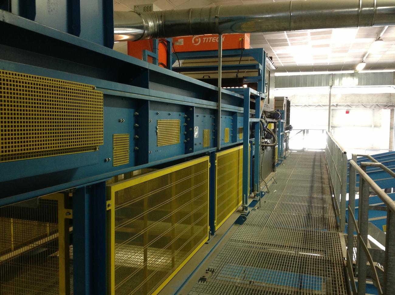 Waste rubber conveyor belts waste conveyors - Rd wastebasket ...